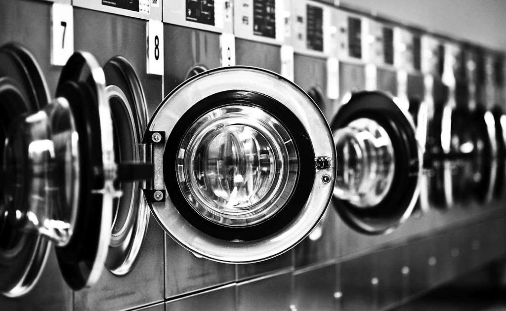 Lux Dry Cleaning - laundry  | Photo 7 of 10 | Address: 9321 63rd Dr, Rego Park, NY 11374, USA | Phone: (718) 459-7770