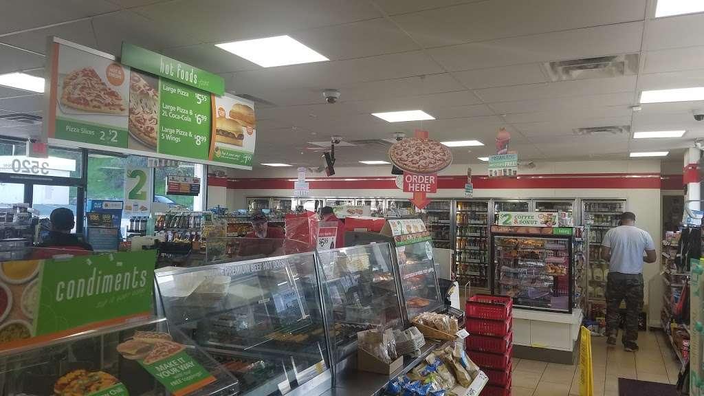 7-Eleven - convenience store  | Photo 2 of 10 | Address: 3520 Pacheco Blvd, Martinez, CA 94553, USA | Phone: (925) 372-7806