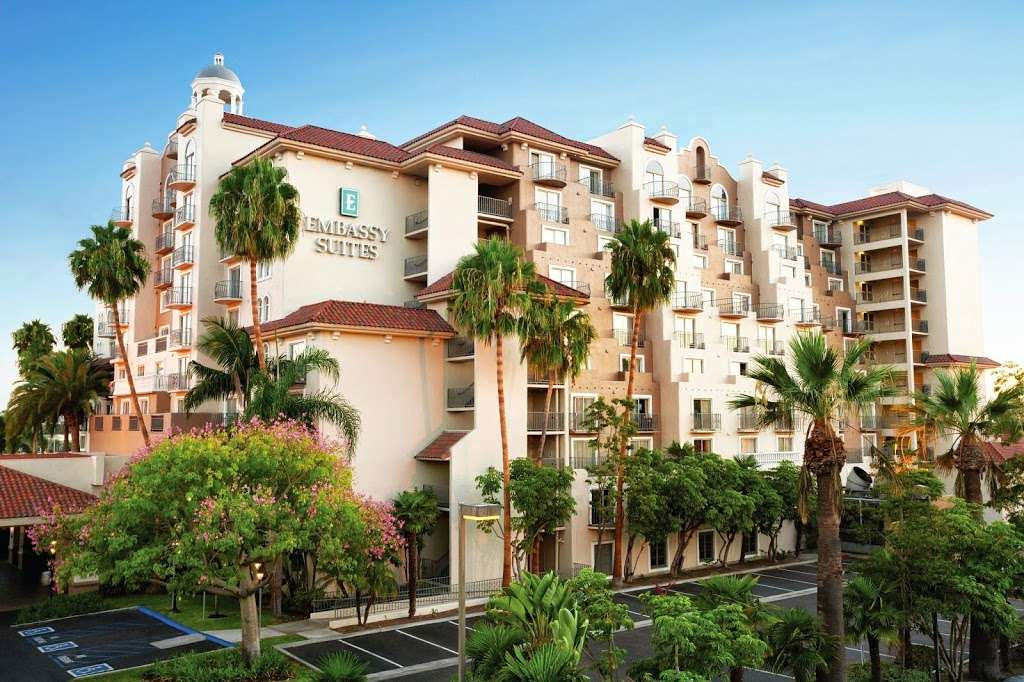 Embassy Suites by Hilton Santa Ana Orange County Airport - lodging  | Photo 1 of 10 | Address: 1325 E Dyer Rd, Santa Ana, CA 92705, USA | Phone: (714) 241-3800