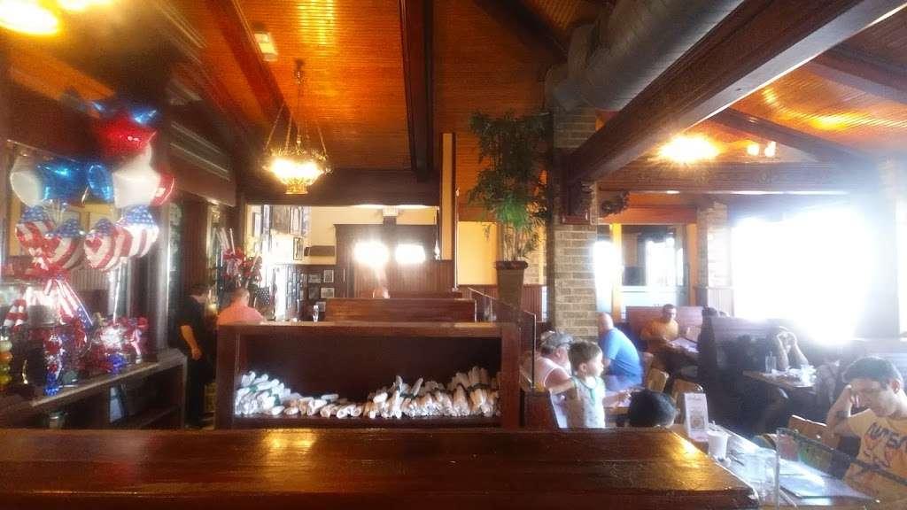 Millers Seawall Grill - restaurant    Photo 6 of 10   Address: 1824 Seawall Blvd, Galveston, TX 77550, USA   Phone: (409) 763-8777