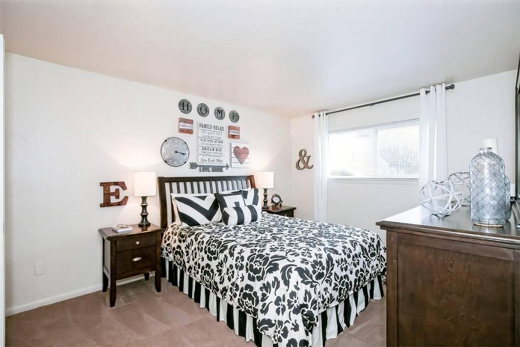 Edgefield Apartments - real estate agency  | Photo 2 of 9 | Address: 5699 Craneybrook Ln, Portsmouth, VA 23703, USA | Phone: (757) 379-8332