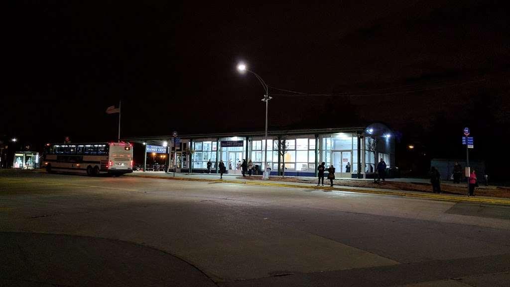 Eltingville/Transit Center - bus station    Photo 8 of 9   Address: Staten Island, NY 10312, USA