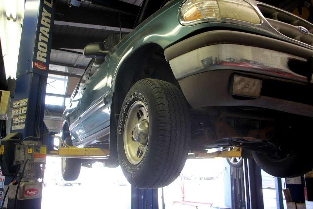 Aceto Auto Repair - car repair    Photo 9 of 10   Address: 6302 US-130, Pennsauken Township, NJ 08109, USA   Phone: (856) 910-9500
