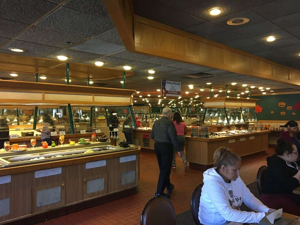 Old Country Buffet - restaurant    Photo 6 of 10   Address: 4902 S 74th St, Greenfield, WI 53220, USA   Phone: (414) 282-8431