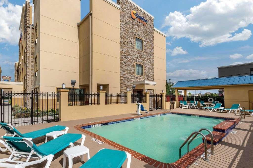 Comfort Suites - lodging    Photo 7 of 10   Address: 7209 Garth Rd, Baytown, TX 77521, USA   Phone: (281) 421-9764