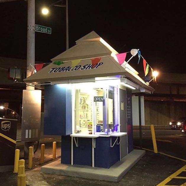 Kiosk on the corner - store  | Photo 1 of 5 | Address: 850 Bronx River Rd, Yonkers, NY 10708, USA | Phone: (914) 513-1183