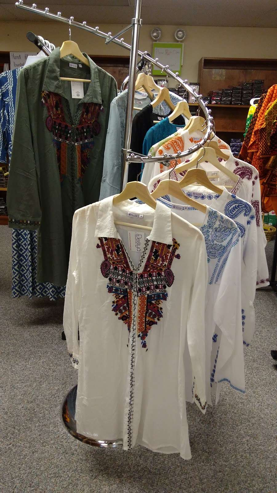 Desiya Handicraft Store - store  | Photo 8 of 10 | Address: 651 State Rte 115, Saylorsburg, PA 18353, USA | Phone: (570) 730-9849