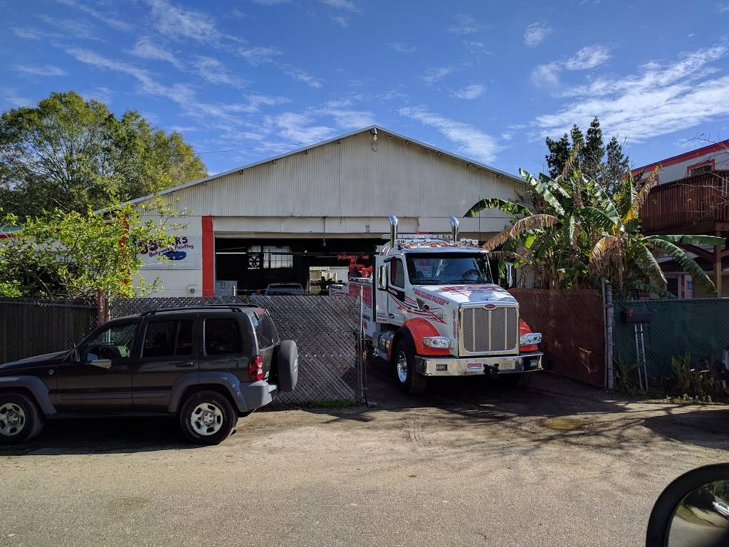 Oscars Body & Painting, Inc. - car repair  | Photo 5 of 8 | Address: 2949 W Beaver St, Jacksonville, FL 32254, USA | Phone: (904) 388-0852