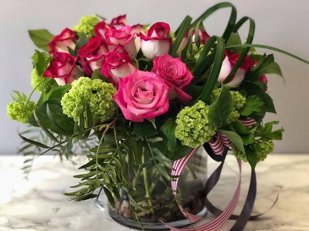 Botanica Floral - florist  | Photo 9 of 10 | Address: 3800 East Coast Hwy, Corona Del Mar, CA 92625, USA | Phone: (949) 673-3240