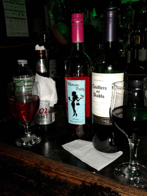 Larimar Restaurant & bar - restaurant  | Photo 3 of 4 | Address: 213 E 170th St, Bronx, NY 10456, USA | Phone: (718) 450-8109