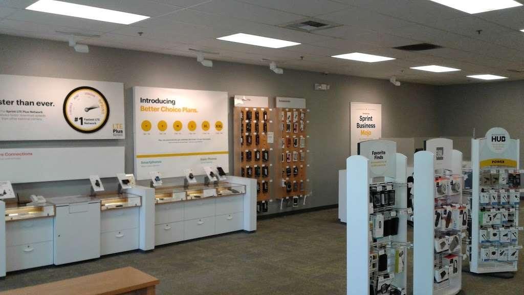 Sprint Store - electronics store    Photo 6 of 10   Address: 27650 Eucalyptus Ave, Moreno Valley, CA 92555, USA   Phone: (951) 247-4262