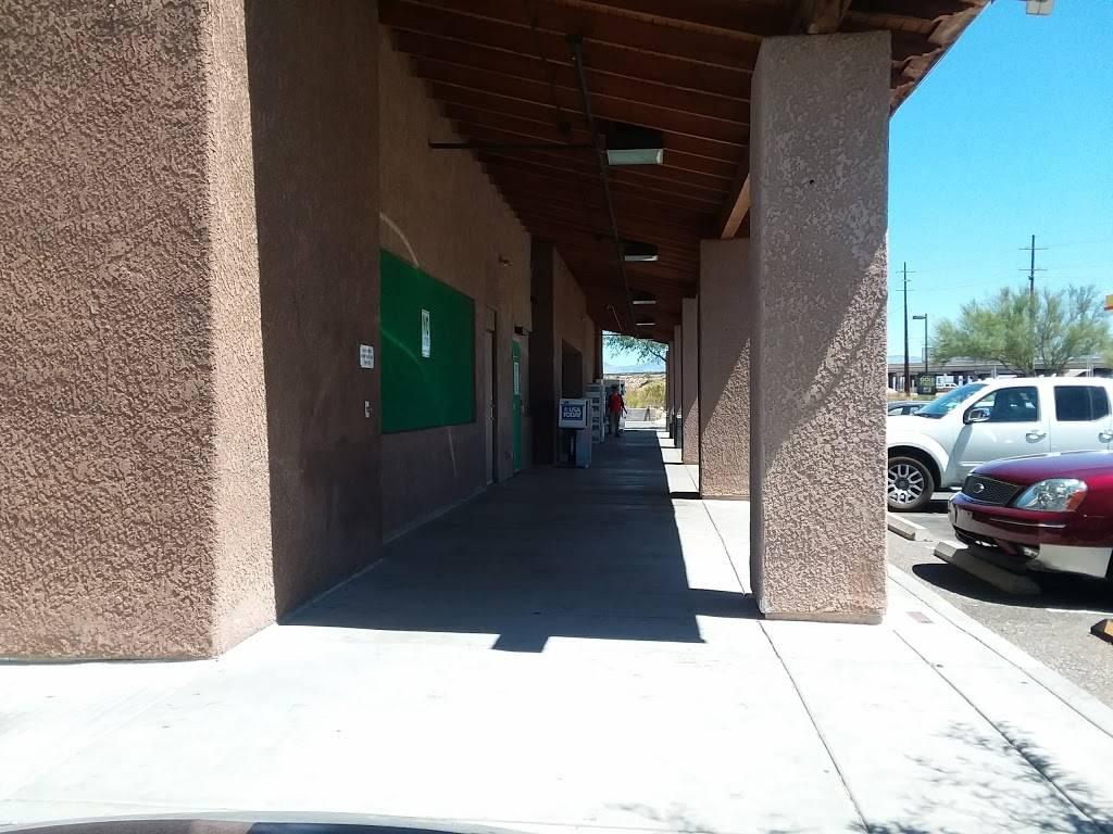 Shell - gas station  | Photo 3 of 10 | Address: 7710 S Wilmot Rd, Tucson, AZ 85756, USA | Phone: (520) 574-8960