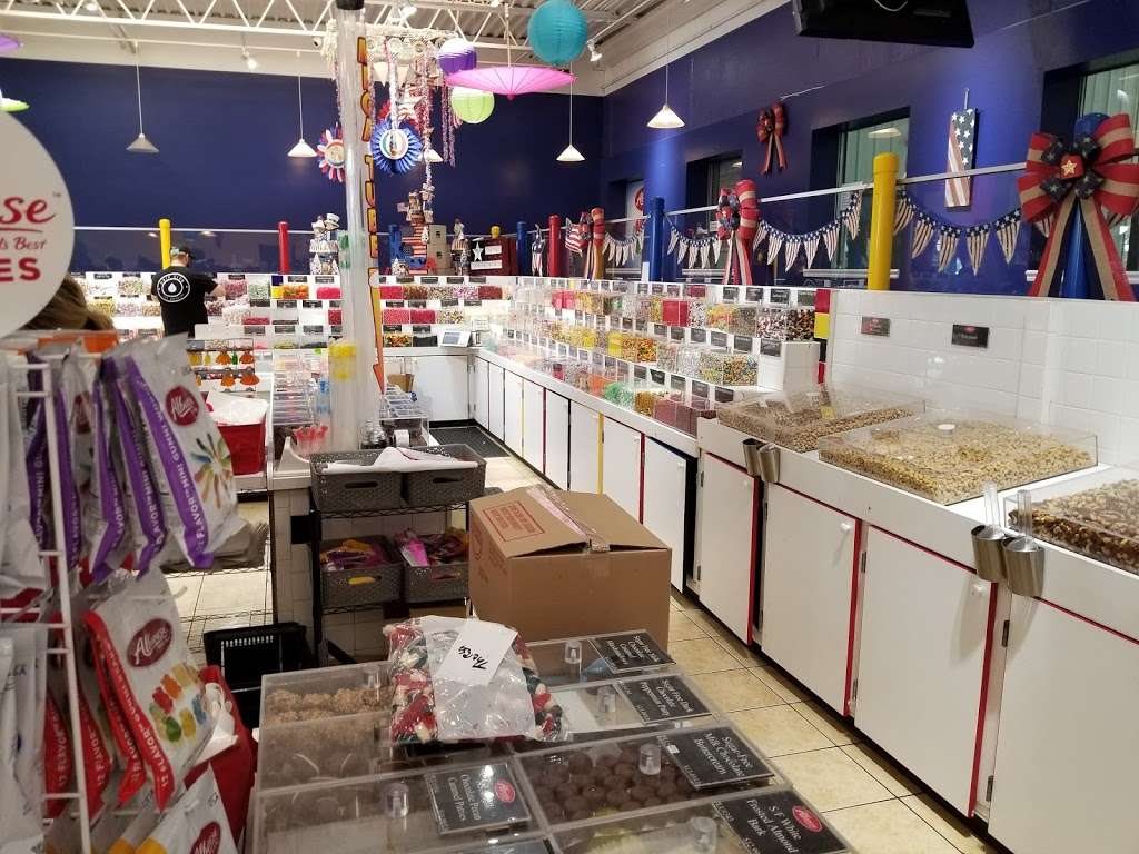 Albanese Confectionery Group - store  | Photo 10 of 10 | Address: 5441 E 81st Ave, Merrillville, IN 46410, USA | Phone: (219) 947-3070
