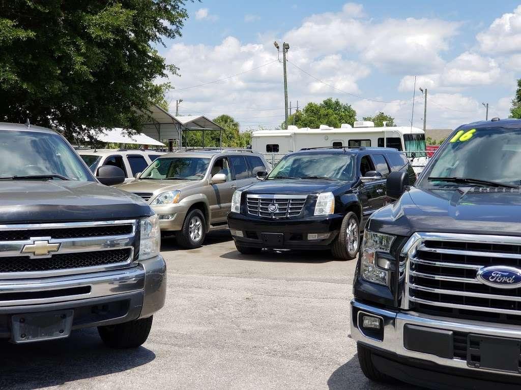 Caesars Auto Sales - car dealer    Photo 2 of 10   Address: 975 N US Hwy 17 92, Longwood, FL 32750, USA   Phone: (407) 695-1449