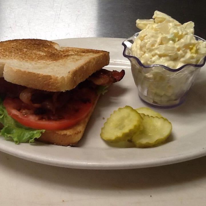 Schoolhouse Lunchroom - restaurant  | Photo 8 of 9 | Address: 8336 Monroe Rd #114, Lambertville, MI 48144, USA | Phone: (734) 854-8810