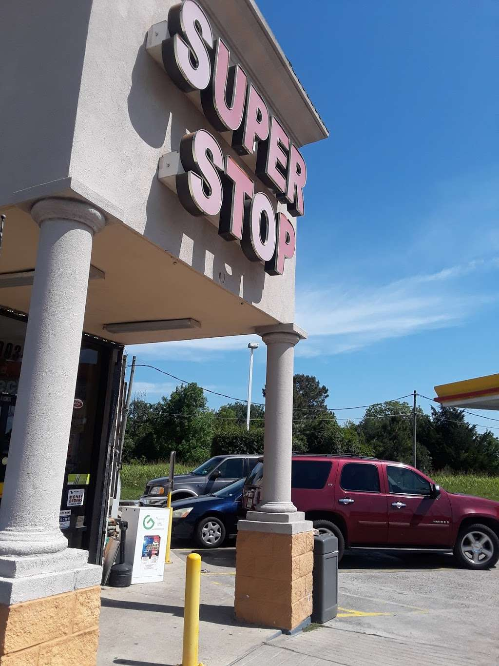 Shell - gas station  | Photo 1 of 6 | Address: 5003 N Main St, Baytown, TX 77521, USA | Phone: (281) 839-3040