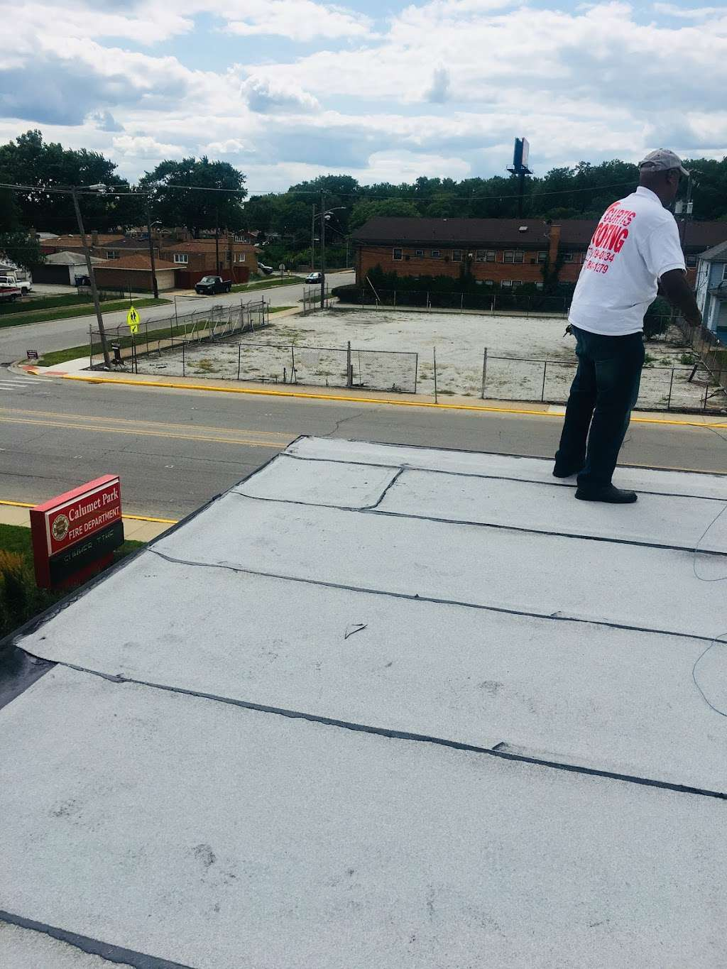 Curtis Roofing & Construction - roofing contractor    Photo 2 of 2   Address: 14225 S Halsted St, Riverdale, IL 60827, USA   Phone: (708) 849-1279