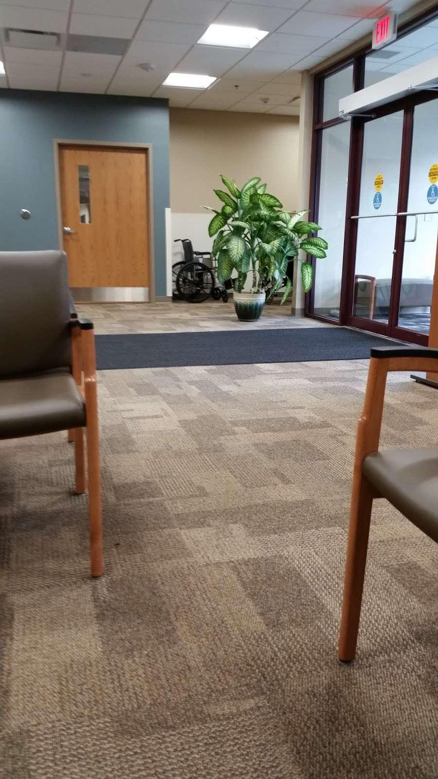 Aurora Sports Medicine Rehab Clinic - doctor  | Photo 1 of 2 | Address: 700 Geneva Pkwy N, Lake Geneva, WI 53147, USA | Phone: (262) 249-3500