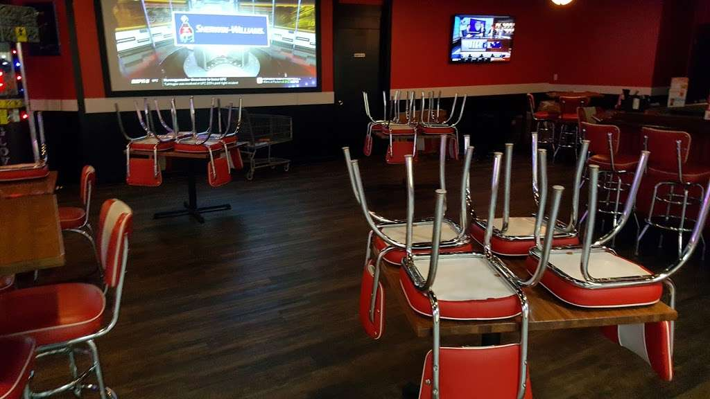 Brunswick Zone River Grove Lanes - bowling alley  | Photo 5 of 10 | Address: 3111 River Rd, River Grove, IL 60171, USA | Phone: (708) 456-4100