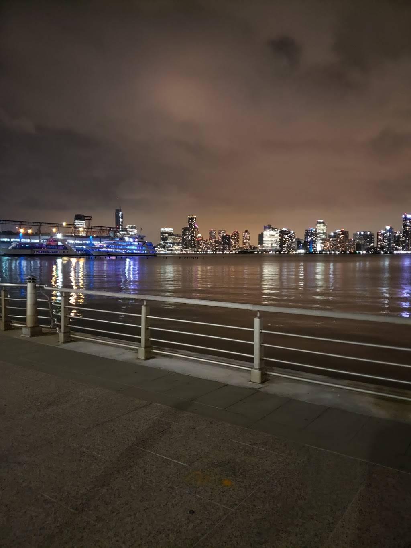 Christopher Street Pier - park  | Photo 4 of 10 | Address: 393 West St, New York, NY 10014, USA | Phone: (212) 627-2020