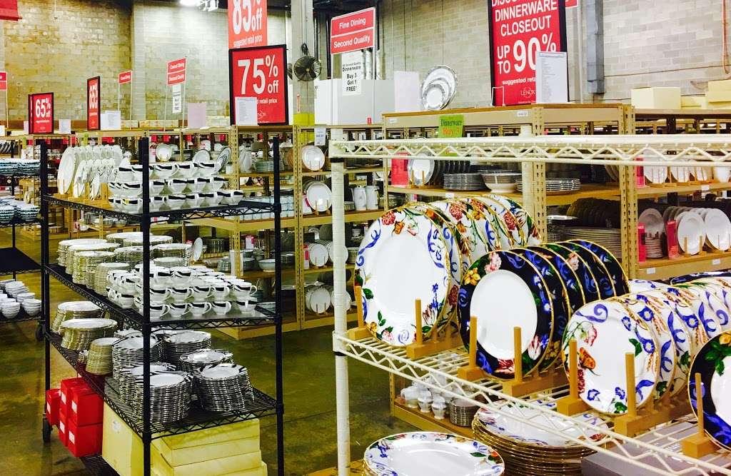 Lenox Outlet - store  | Photo 5 of 10 | Address: 51 Commerce Dr, Cranbury, NJ 08512, USA | Phone: (609) 395-8051