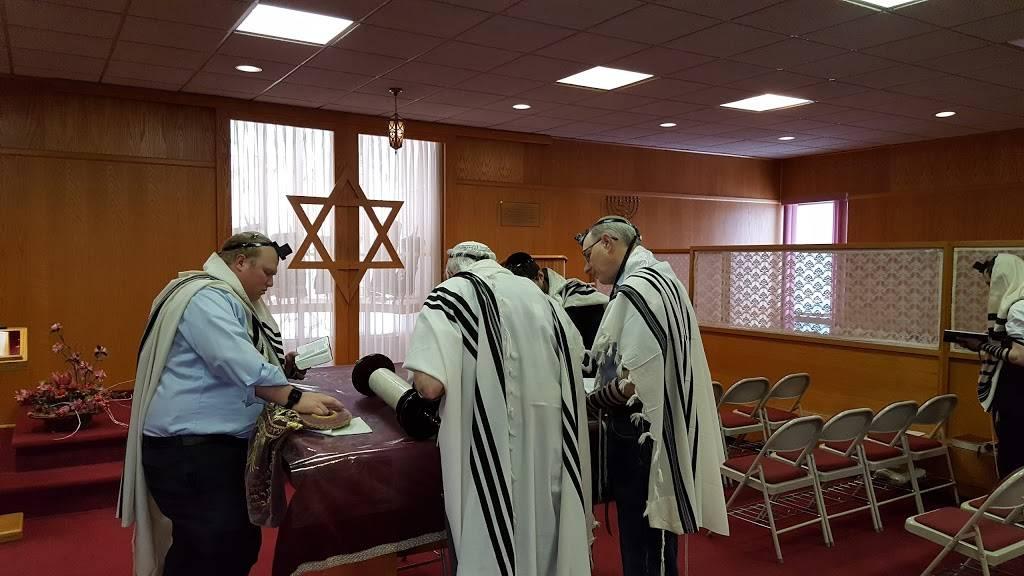 Young Israel of Greater Buffalo - synagogue  | Photo 2 of 7 | Address: 105 Maple Rd, Buffalo, NY 14221, USA | Phone: (716) 634-0212