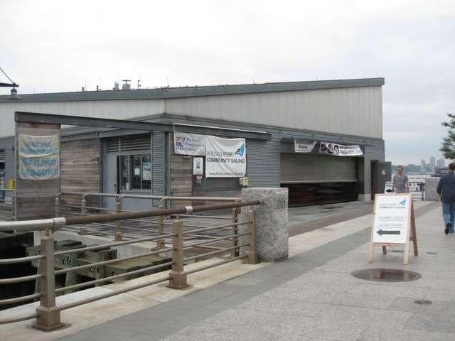 Hudson River Community Sailing - store  | Photo 1 of 10 | Address: 207 12th Ave, New York, NY 10001, USA | Phone: (212) 924-1920