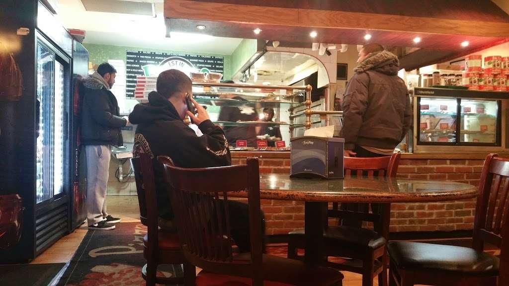 Pronto Pizza - restaurant  | Photo 1 of 10 | Address: 2928 Avenue R, Brooklyn, NY 11229, USA | Phone: (718) 627-4983