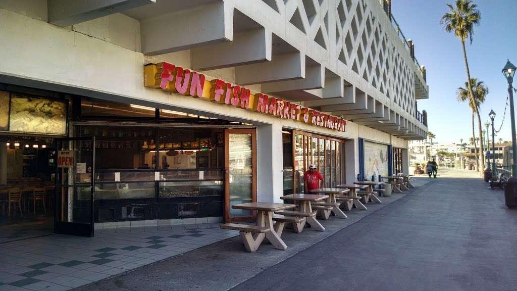 Fun Fish Market - restaurant  | Photo 3 of 10 | Address: 123 International Boardwalk, Redondo Beach, CA 90277, USA | Phone: (310) 374-4277