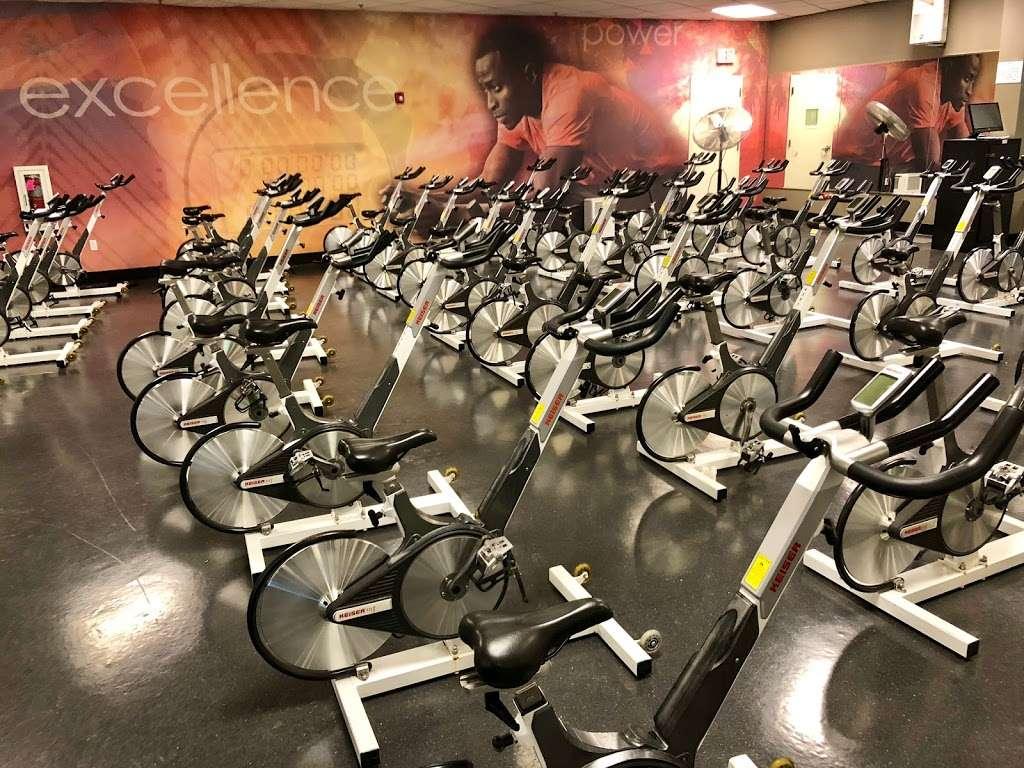 LA Fitness - gym  | Photo 5 of 10 | Address: 7 Cabot Blvd E, Langhorne, PA 19047, USA | Phone: (215) 943-9500