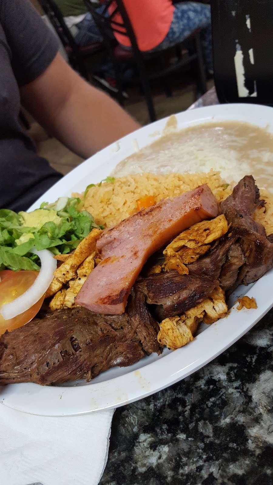 Taqueria El Torito - restaurant  | Photo 2 of 10 | Address: 1409 Central Ave, Kansas City, KS 66102, USA | Phone: (913) 233-0463