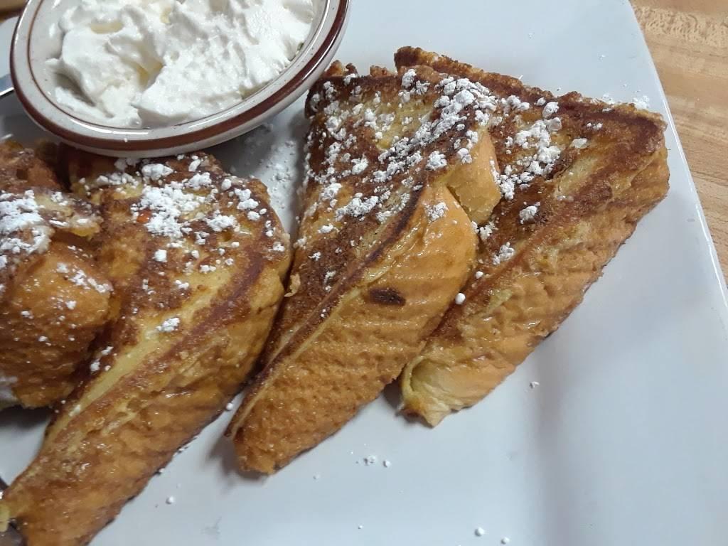 Maggies Cafe - restaurant    Photo 9 of 10   Address: 8970 Lewis Ave, Temperance, MI 48182, USA   Phone: (734) 847-2233