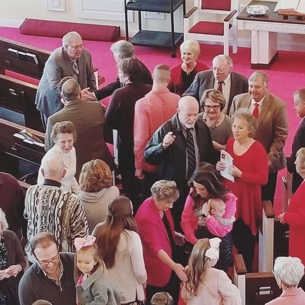 The Chapel Church - church  | Photo 4 of 5 | Address: 410 26th Ave NE, Hickory, NC 28601, USA | Phone: (828) 855-1777