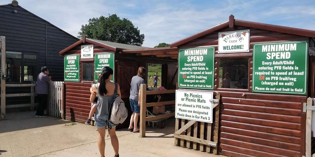 Parkside Farm Pick Your Own - store  | Photo 2 of 10 | Address: Parkside Farm, Hadley Rd, Enfield EN2 8LA, UK | Phone: 020 8367 2035