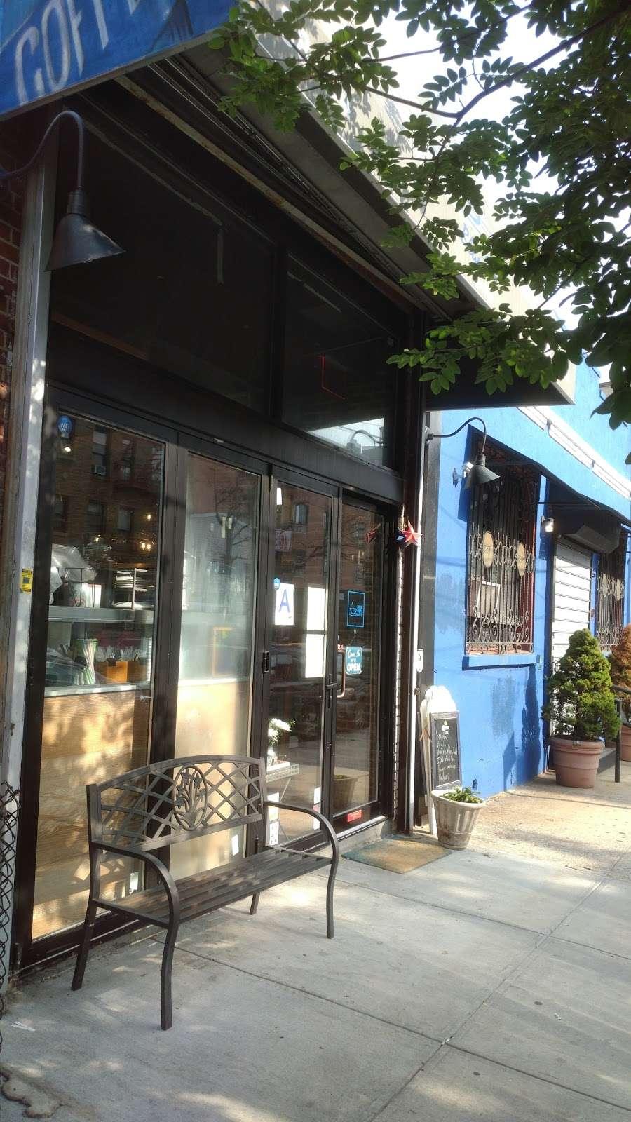 Blue Cups - cafe  | Photo 3 of 10 | Address: 38-4 61st St, Woodside, NY 11377, USA | Phone: (917) 832-6940