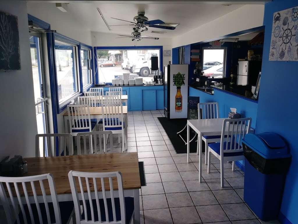 SMYRNA GYRO & GRILL - restaurant  | Photo 2 of 10 | Address: 133 Main Ave, Wallington, NJ 07057, USA