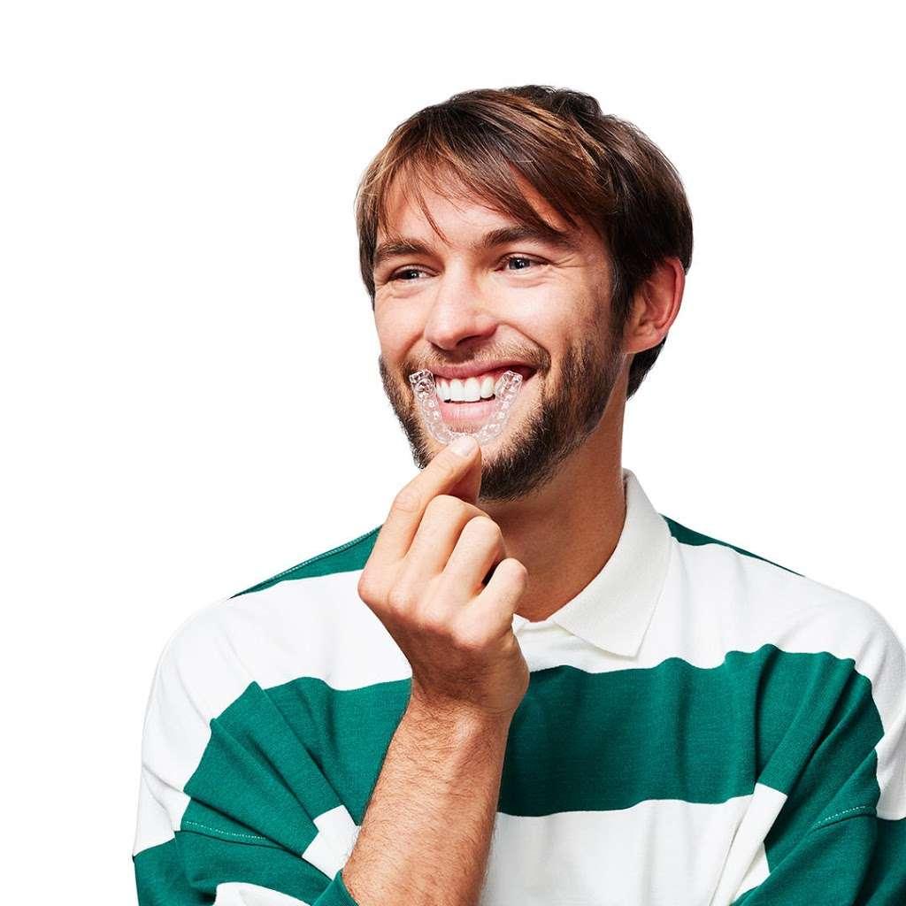 Smile Direct Club - dentist  | Photo 7 of 10 | Address: Inside CVS, 2200 Coit Rd, Plano, TX 75075, USA | Phone: (800) 688-4010