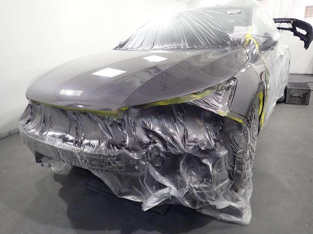 SE Autobody / Collision Center - car repair    Photo 5 of 10   Address: 2175 Hancock St, San Diego, CA 92110, USA   Phone: (619) 260-1167