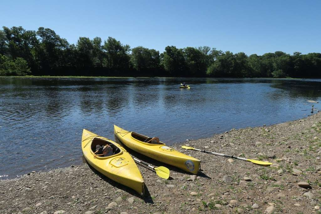 Chamberlain Canoes - travel agency  | Photo 4 of 10 | Address: 103 Five Star Ln, East Stroudsburg, PA 18301, USA | Phone: (570) 421-0180