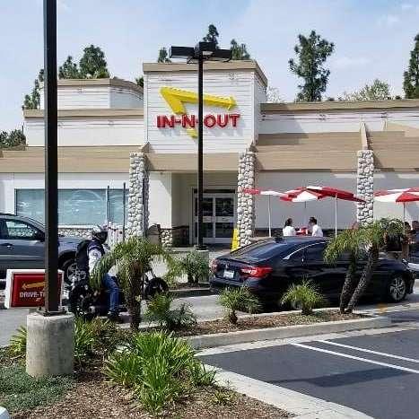 Sunland Mall Shopping Center - shopping mall  | Photo 1 of 10 | Address: Sunland-Tujunga, CA 91040, USA