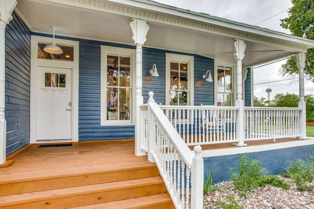 Stay SA Historic Vacation Rentals - real estate agency  | Photo 5 of 8 | Address: 233 Leigh St, San Antonio, TX 78210, USA | Phone: (210) 317-4076