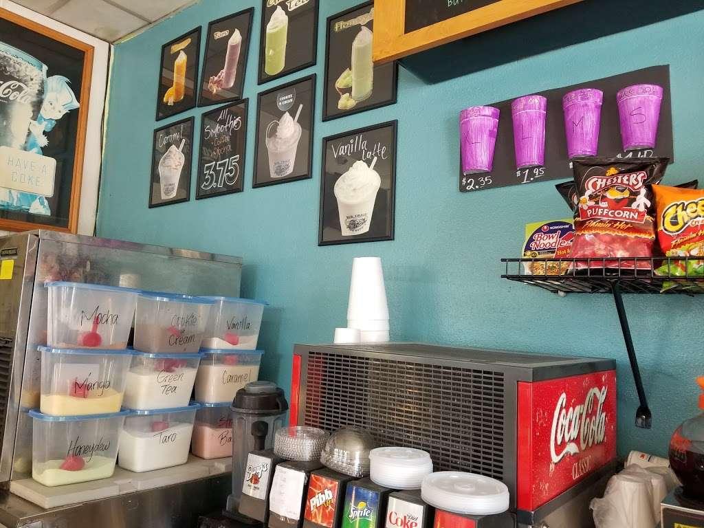 Masters Donuts - bakery  | Photo 8 of 10 | Address: 11637 Cherry Ave # 3, Fontana, CA 92337, USA | Phone: (909) 350-9544