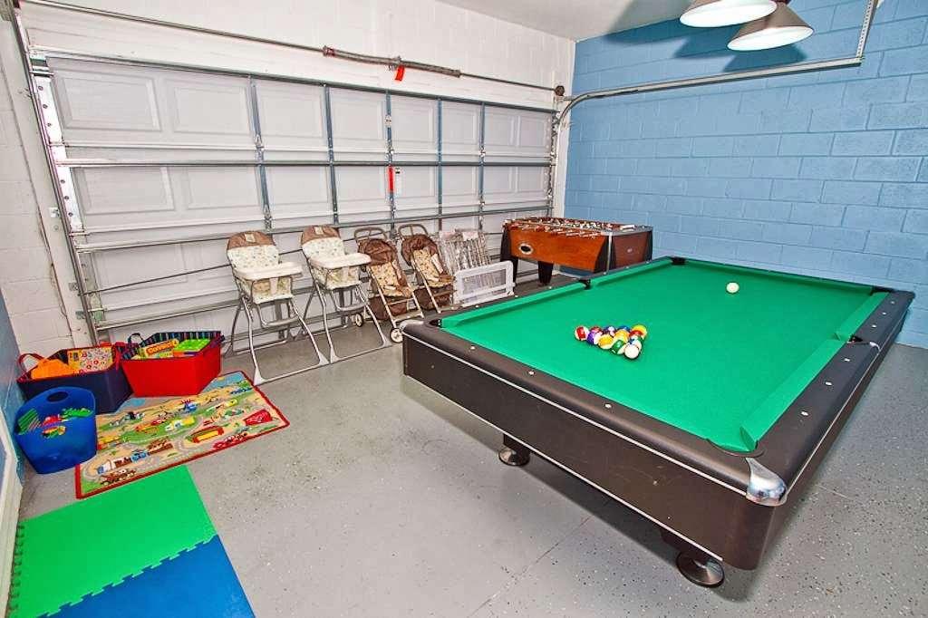 Windsor Hills Luxury Villa - amusement park  | Photo 3 of 10 | Address: 2704 Manesty Ln, Kissimmee, FL 34747, USA | Phone: (407) 966-4685