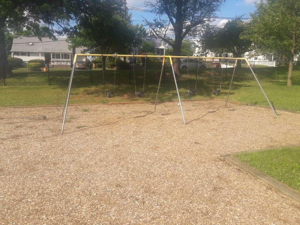 Stephen J Capestro Park - park  | Photo 1 of 10 | Address: 337 Grandview Ave, Edison, NJ 08837, USA | Phone: (732) 745-3900