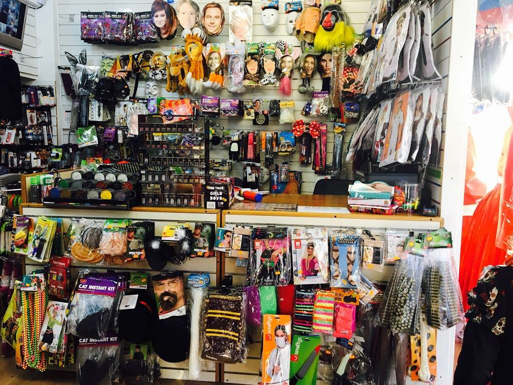 Costume N Party - Balloons, Fancy Dress, Wigs, Accessories - hair care  | Photo 3 of 10 | Address: 286 Chingford Rd, Walthamstow, London E17 5AL, UK | Phone: 020 8090 0399