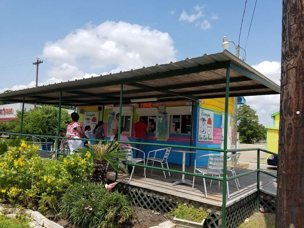 Sandys Sno Cone Stand - store  | Photo 2 of 10 | Address: 1701 TX-36, Rosenberg, TX 77471, USA | Phone: (281) 344-9186
