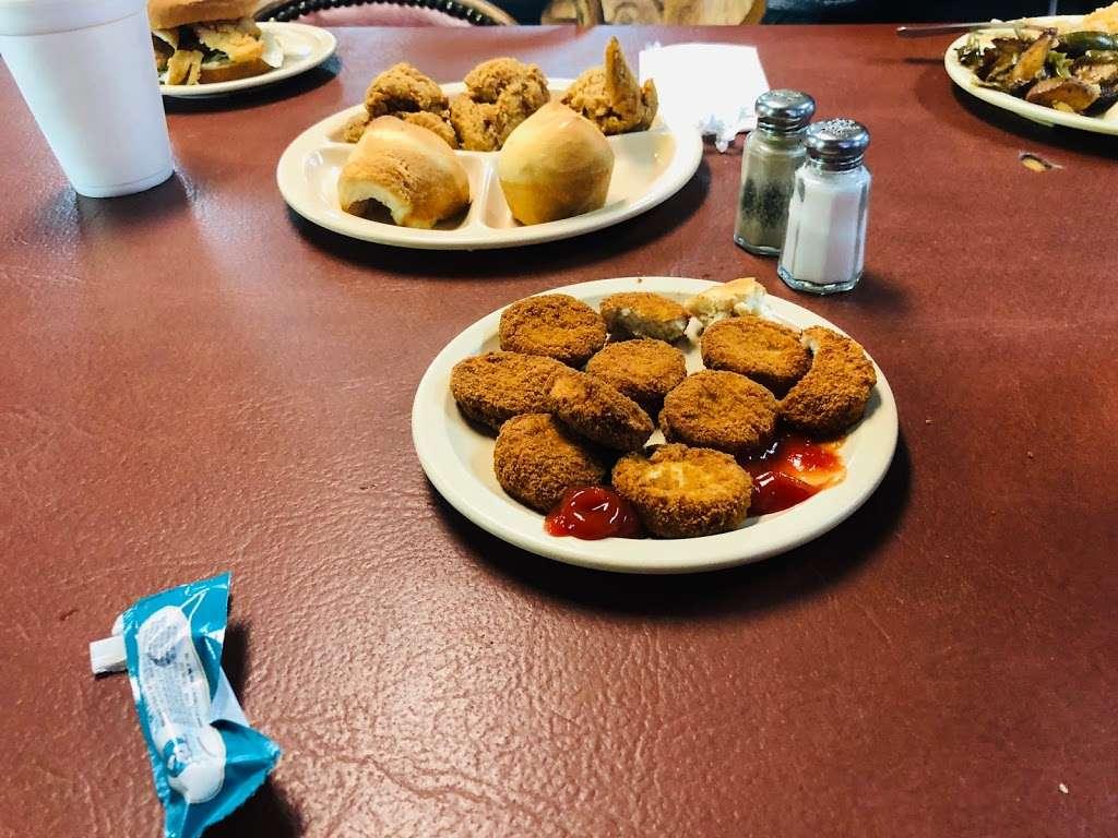 Grannys Fried Chicken - restaurant    Photo 2 of 10   Address: 200 Hall Rd, Seagoville, TX 75159, USA   Phone: (972) 287-4126