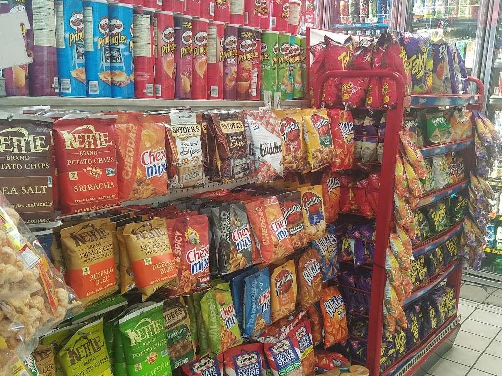 Shell - gas station  | Photo 10 of 10 | Address: 8901 Atlantic Ave, South Gate, CA 90280, USA | Phone: (323) 569-9636