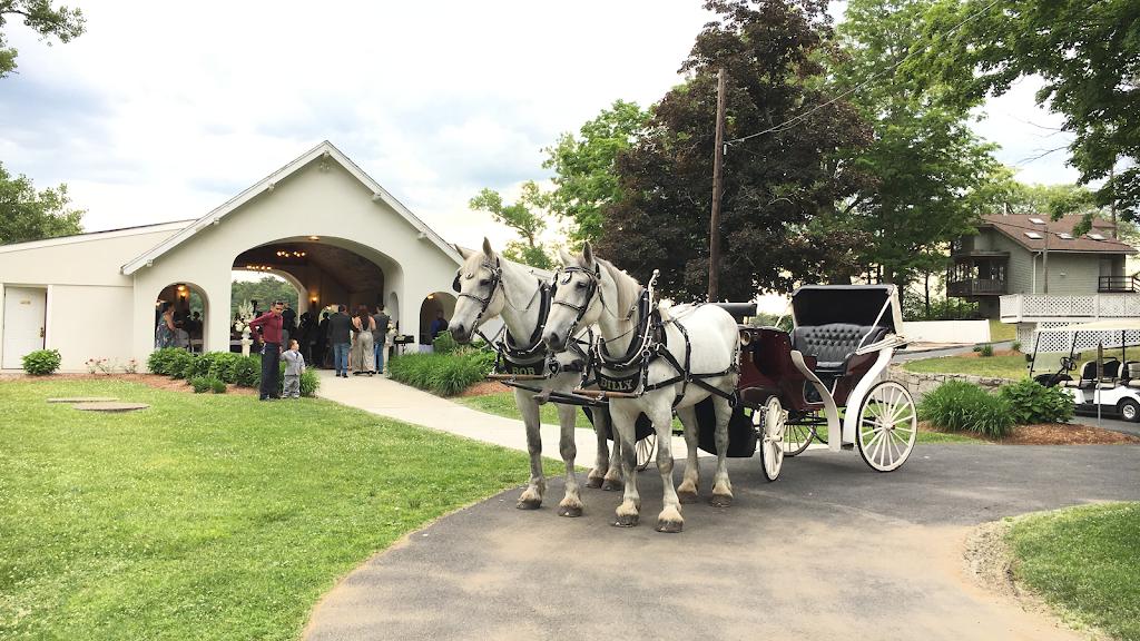 Liberty Farm & Carriage Company - travel agency  | Photo 1 of 2 | Address: Ironmine Rd, Burrillville, RI 02830, USA | Phone: (401) 651-6004