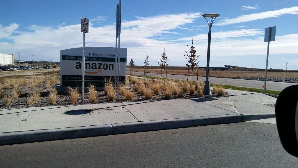 Amazon DEN2 - storage  | Photo 10 of 10 | Address: 22205 E 19th Ave, Aurora, CO 80019, USA | Phone: (855) 574-2041